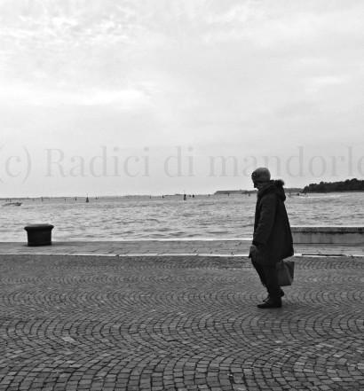 Venezia, passeggiate in solitaria