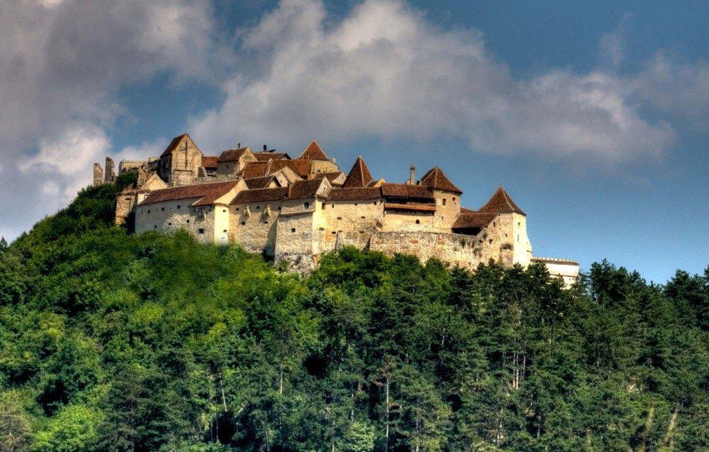 Visitare la Romania radici di mandorle